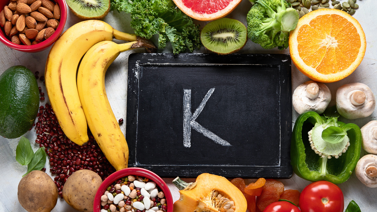 Tomatoes, almonds and other sources of potassium